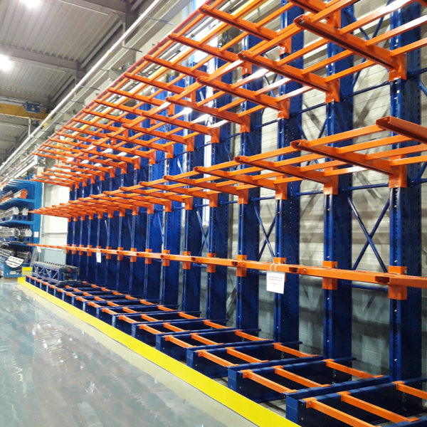 rayonnages cantilever pour industrie et magasins