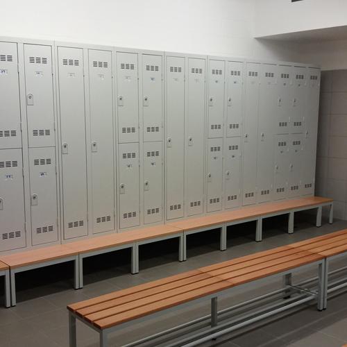 Installation vestiaires métalliques