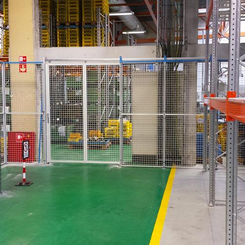 Installation de cloisons industrielles